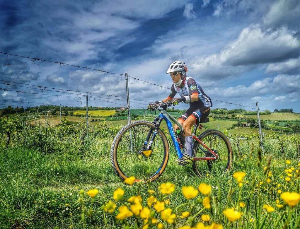 Rossana Montorsi Team New Bike in gara alla Gran Fondo Terre del Sangiovese a Bertinoro maggio 2021