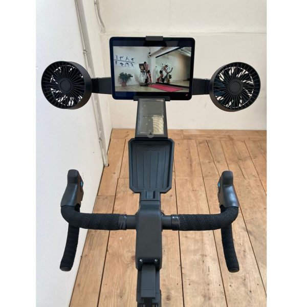 NEO BIKE SMART T8000 by Tacx
